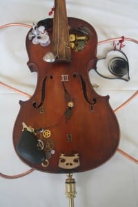 """""""No Time For Violins (Violence),"""" created by Suzan Brawlyn. Photo by Greta Mart."""