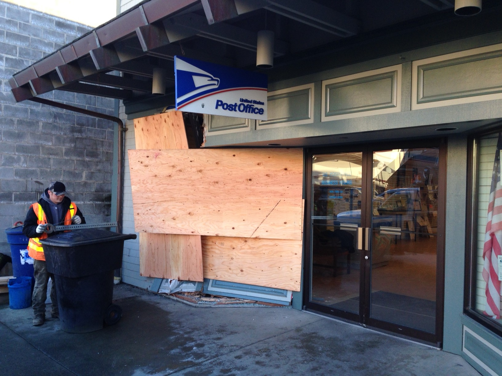 Suspected drunk driver crashes into Sitka post office