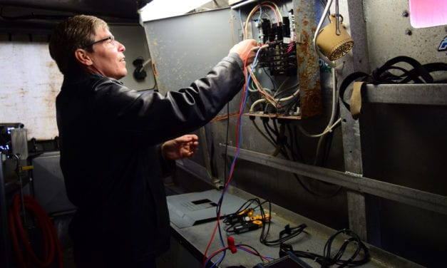 Snagging Savings: Energy audit aims to cut costs for fishermen