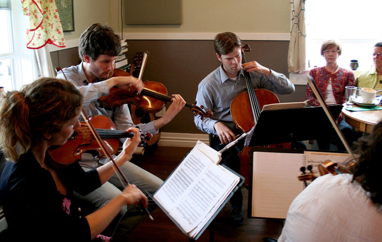 Netherlands quartet perform music of the sea