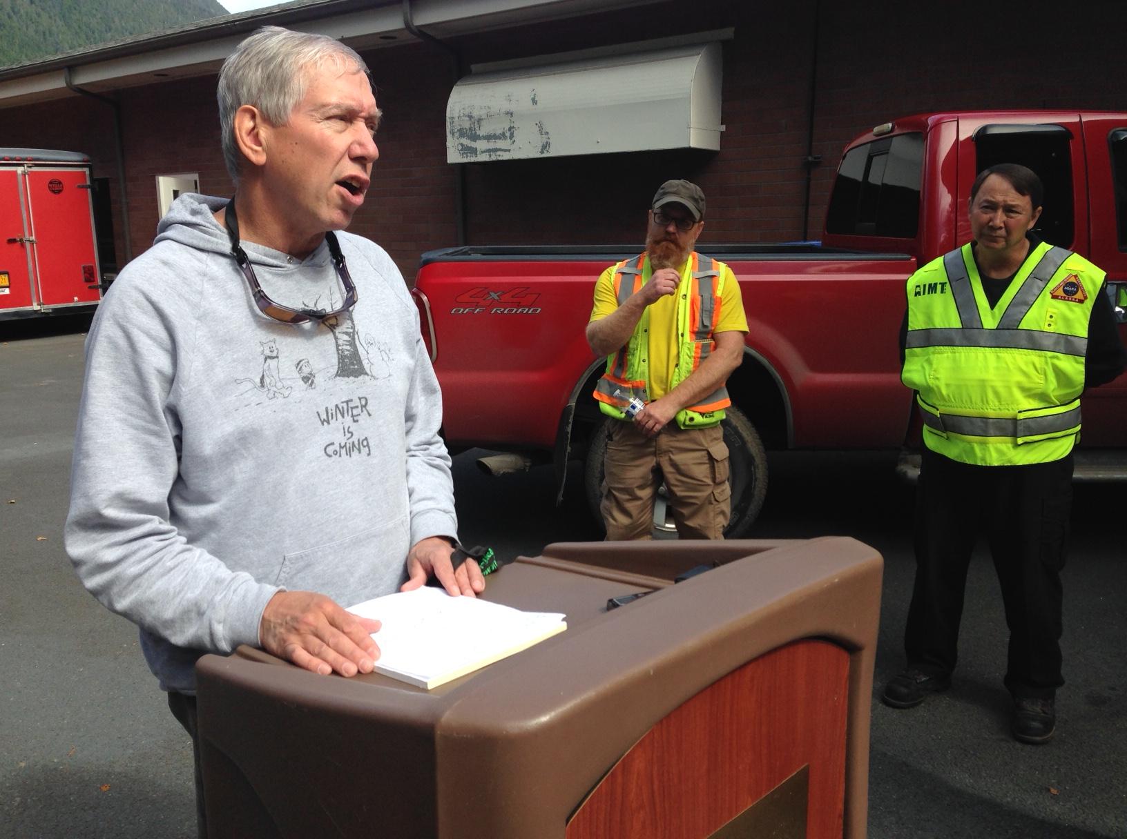 Weather expected to halt landslide recovery effort