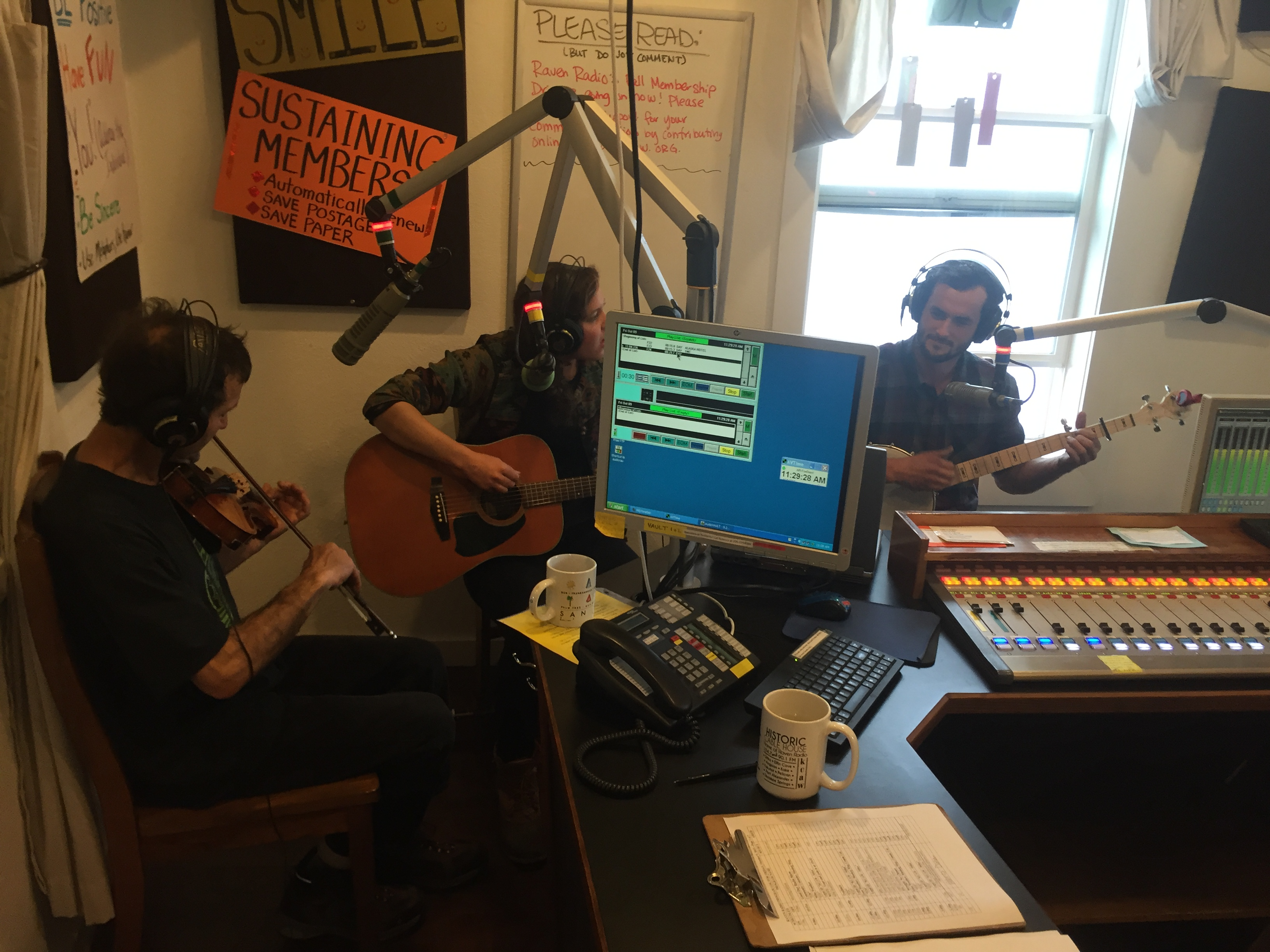 VIDEO: Live music on our Fall Pledge Drive!