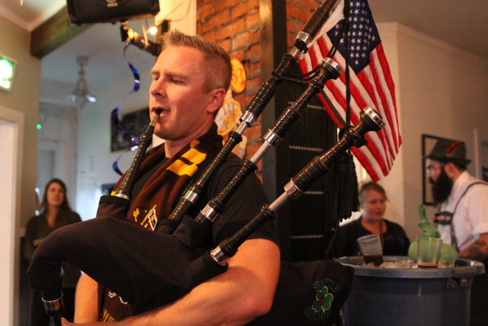 Tune In: Pipe & Drum band performs on Raven Radio