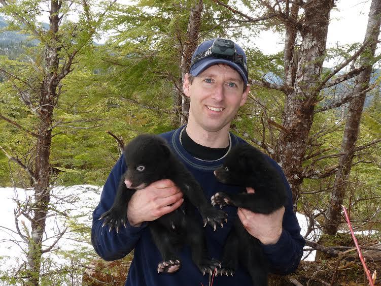 New Sitka biologist digs bears, baseball