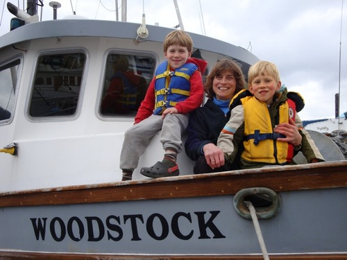 Linda Behnken with her sons, Halen and Rio. Behnken lives the small-boat fishing life she advocates for, but she's no stranger to IPHC politics. She's chaired the 84-member IPHC Conference Board for the last several years. (ALFA photo)