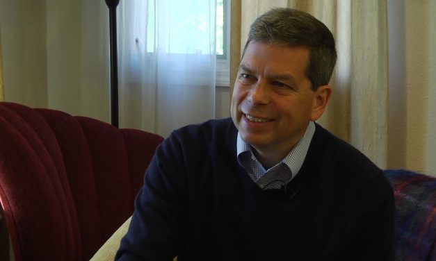 Begich talks PFD, state finances, combating crime